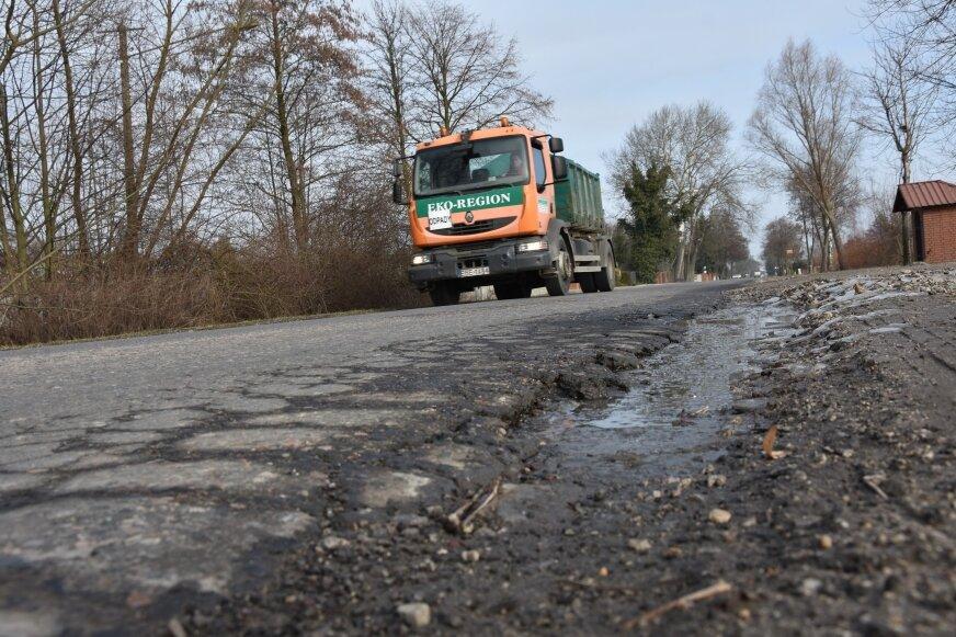 Droga od Skierniewic do Dębowej Góry już niedługo przestanie być zmorą kierowców.