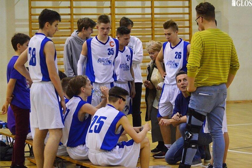 Kadeci AZS PWSZ Ósemka Skierniewice zakończyli sezon zasadniczy jako wicemistrzowie łódzkiego. Teraz czas na finał strefy.