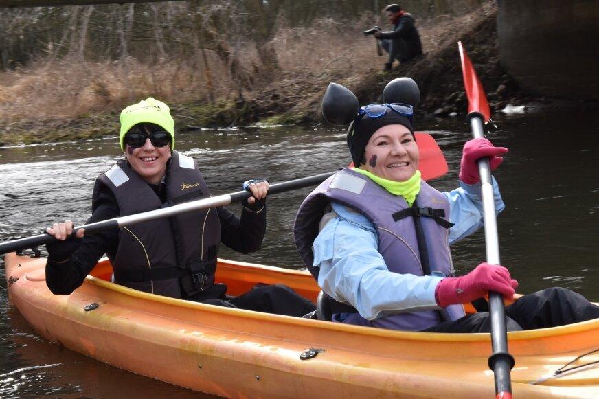 Panie na rzece spędziły kilka godzin. Trasa spływu wiodła z Bud Grabskich do Joachimowa Mogił.