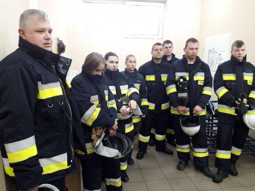 Do grona strażaków ochotników biorących udział w kursie podstawowym dołączył wójt gminy Lipce Reymontowskie, Marek Sałek (z lewej).