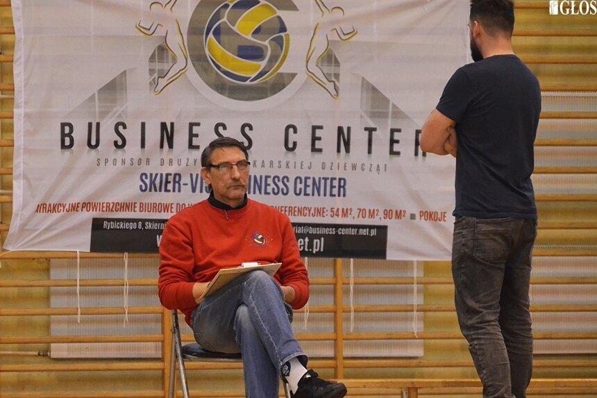 Marek Leśniewicz ma świadomość, że przy dotacji, która dysponuje klub o rozwój piłki siatkowej w Skierniewicach będzie trudno.