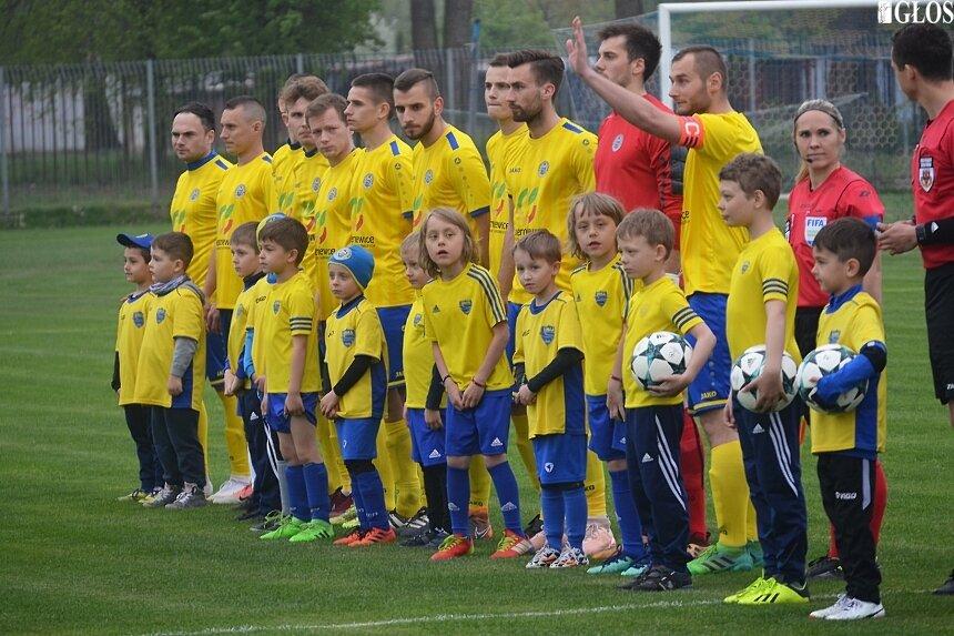 Seniorzy Unii Skierniewice odnieśli 9. zwycięstwo przed własną widownią w sezonie 2018/2019.