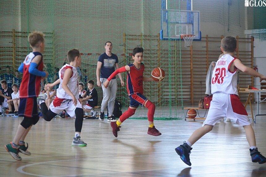 fot. Skierniewiccy koszykarze drugą i trzecią siłą województwa.