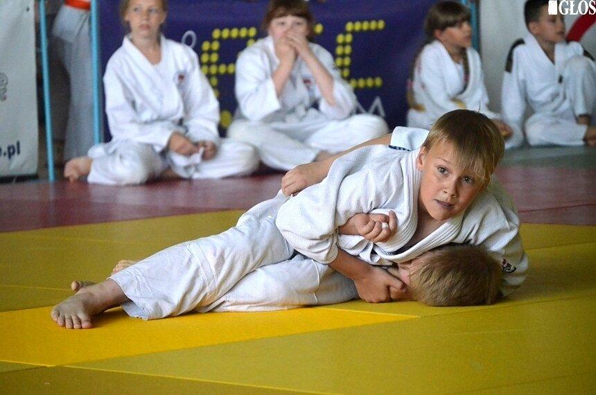 Judocy MMKS Wojownik wypadli bardzo dobrze podczas turnieju w Skierniewicach.