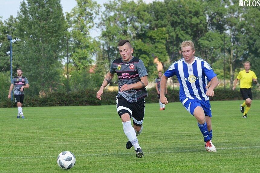 Mecz półfinałowy w Wysokienicach pomiędzy gospodarzami i Jutrzenką Drzewce na swoją korzyść rozstrzygnęli goście.