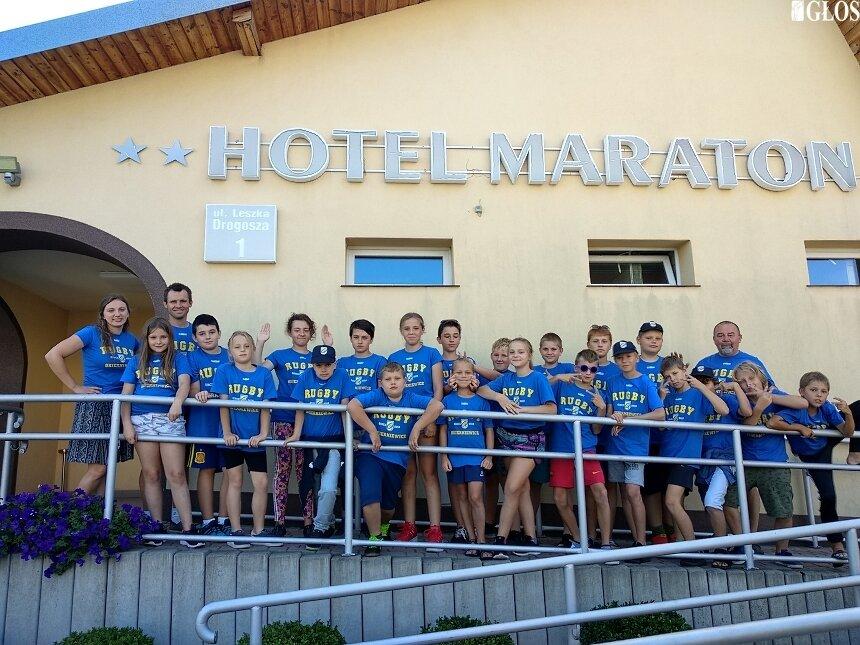 Uczestnicy obozu z Rugby Club zwiedzali okolice Kielc.