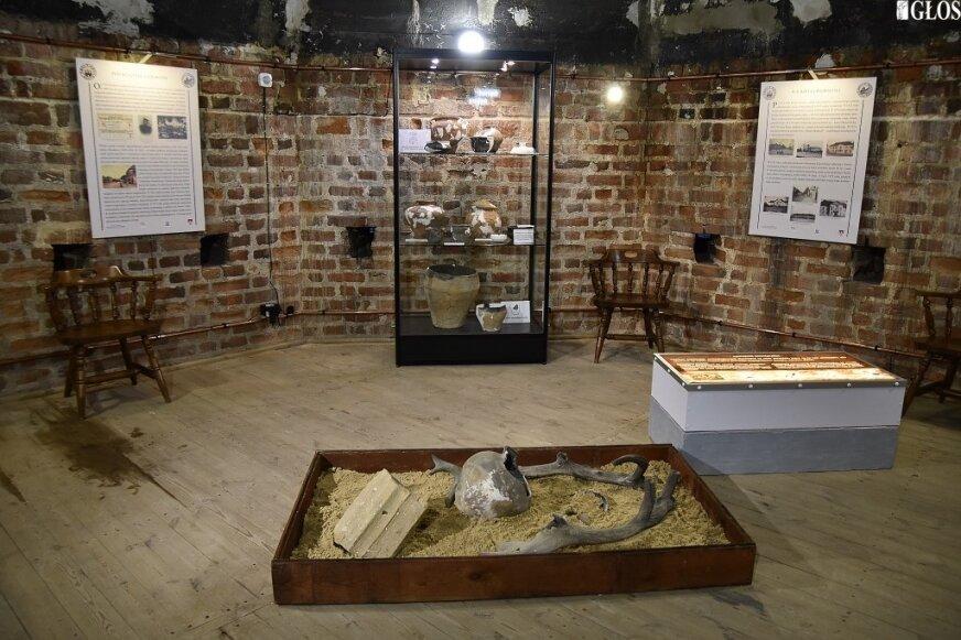 Stanowisko archeologiczne jest atrakcją wystawy prezentowanej w ostatniej komacie ulokowanej w najwyższej części baszty