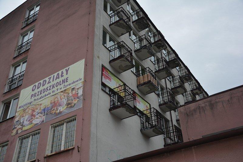 W budynku przy ul. Waryńskiego 1 w Żyrardowie mieści się nie tylko Klub Seniora.