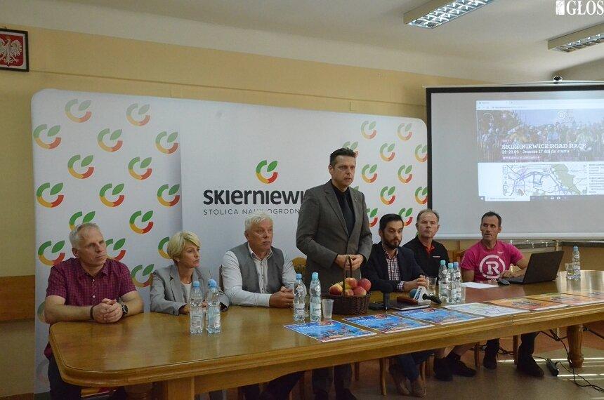 Podczas konferencji poznaliśmy trasę trzech etapów Skierniewice Road Race 2019.