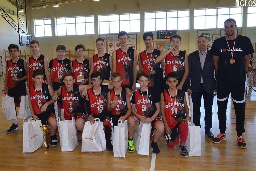Zespół MKS Ósemka Skierniewice zajął 3. miejsce w turnieju Basket Kids Cup 2019.