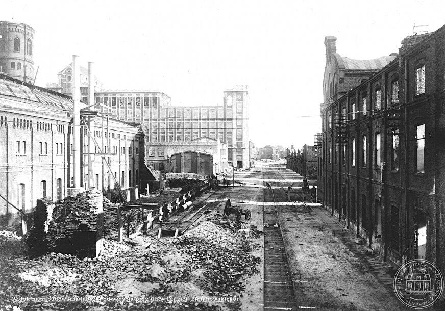 Fabryka była zniszczona. Odbudowano ją dopiero w 1923 roku.