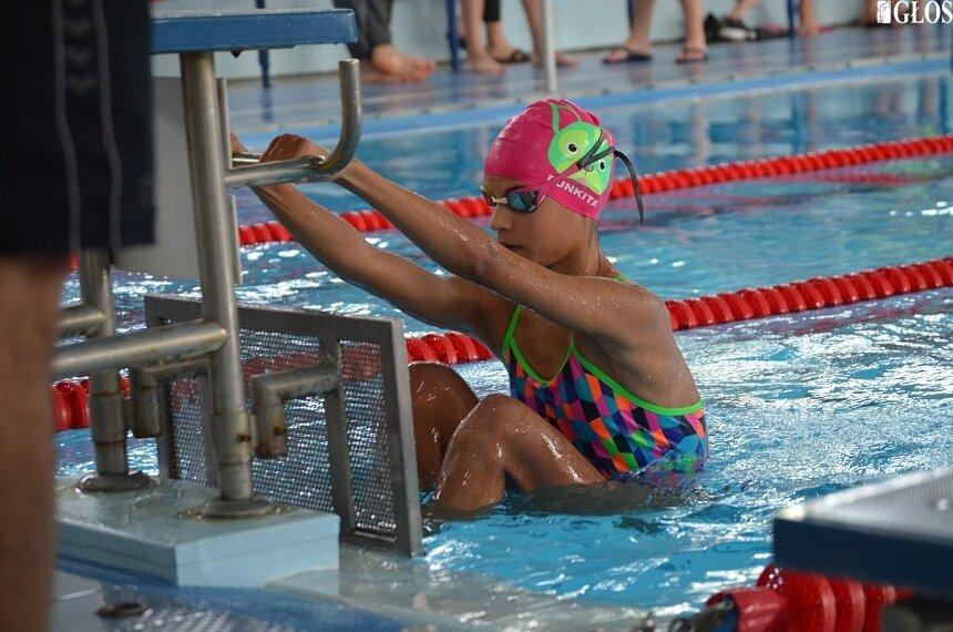 Zawody powiatowe i rejonowe były okazją do wyłonienia najlepszych szkolnych drużyn pływackich.