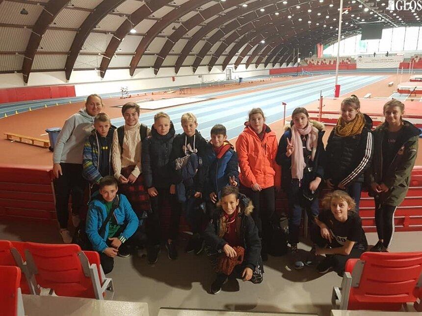 Lekkoatleci nie próżnują w sezonie zimowym, wzięli udział w zawodach w Spale.
