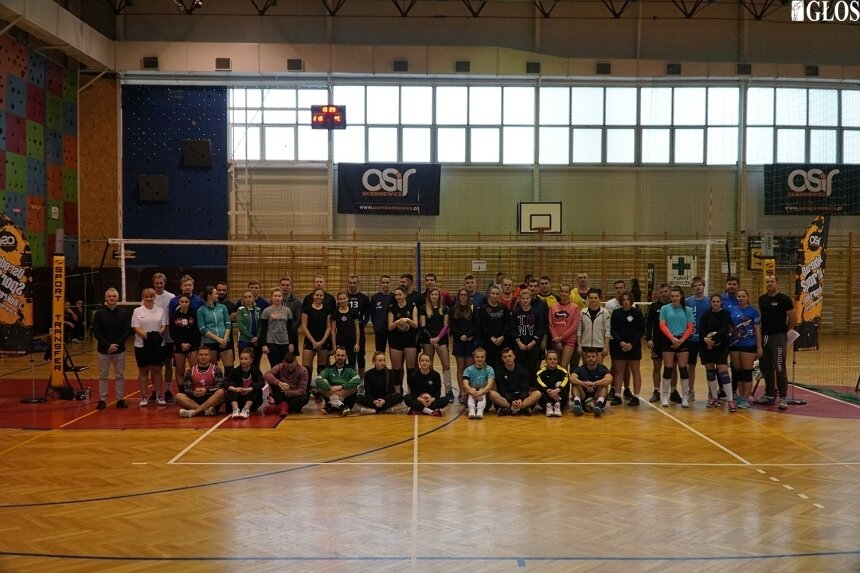 Siatkarski turniej zakończył sportowy rok 2019 w Skierniewicach.