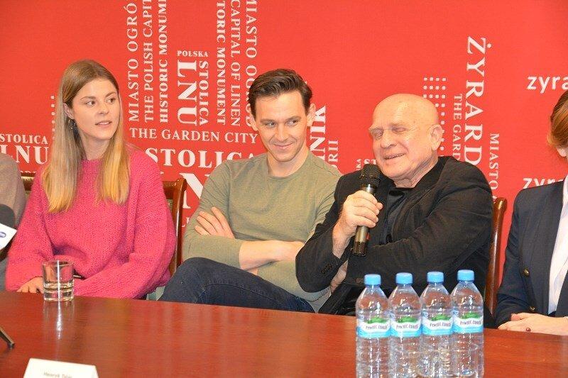 Od lewej Angelika Kurowska, Mateusz Kmiecik i Henryk Talar.