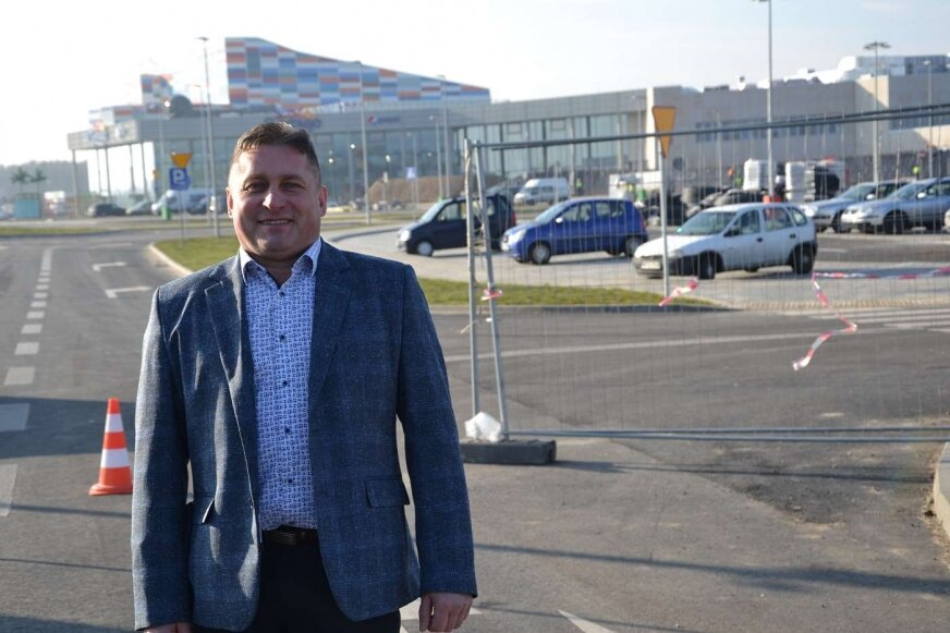 Sołtys Andrzej Osial przyznaje, że jeszcze w trakcie budowy we Wręczy zwiększyło się zainteresowanie zakupem działek pod działalność rekreacyjną.