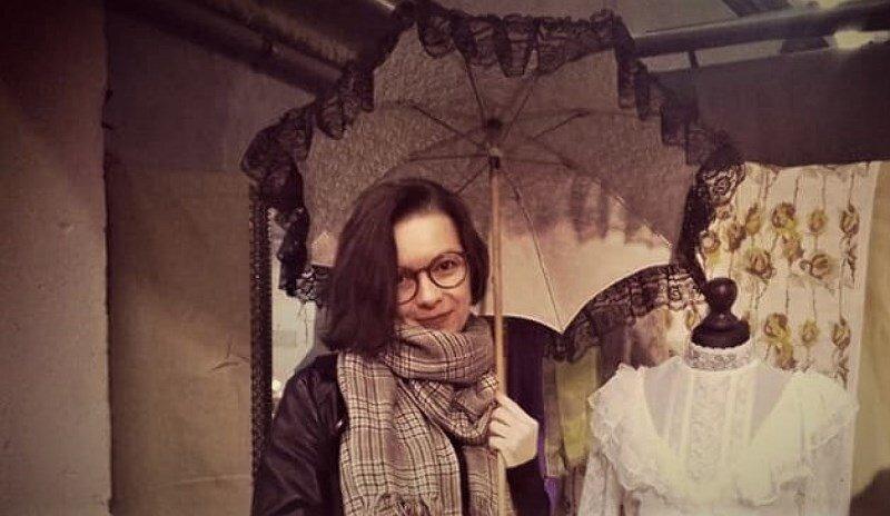 Na tym zdjęciu jest wszystko co lubię, czyli ja zanurzona w historii. Zrobione podczas inscenizacji strajku szpularek – mówi Agata Łankowska.