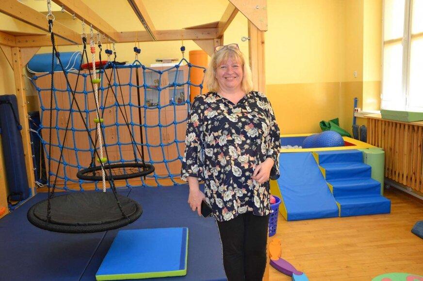 W szkole we Wręczy jest sala integracji sensorycznej, mówi dyrektor Małgorzata Janiszek.