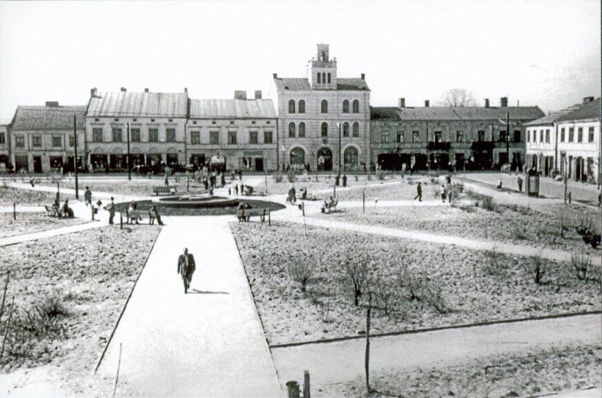 Rynek w Skiernieiwcach, druga połowa lat 50.