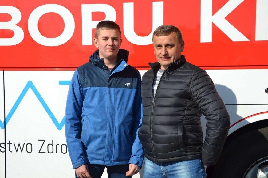 Druh Krzysztof Bodecki z synem Dominikiem zdecydowali się oddać krew.