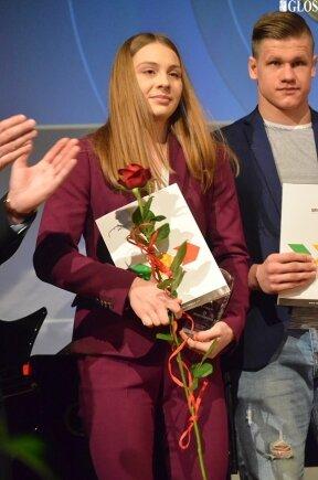 Pływaczka, najlepszy sportowiec minionego roku Alicja Ulicka za sukcesy w 2019 roku otrzymała nagrody pieniężne w wysokości 3150 złotych brutto.