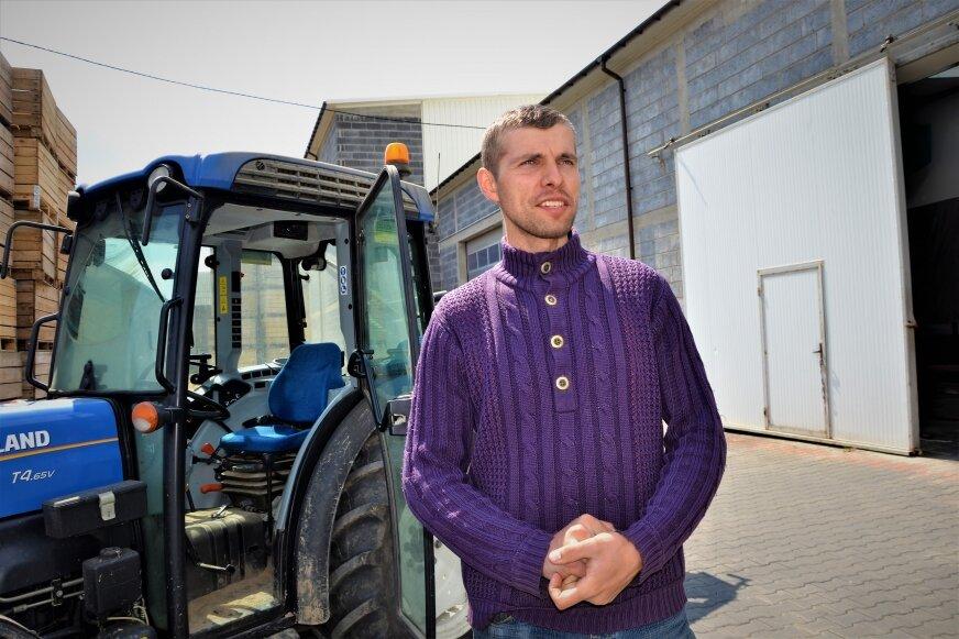 Marcin Chrzanowski zatrudniał pracowników zza wschodniej granicy. Teraz czeka na przepisy, które umożliwą mu pozyskanie rąk do pracy.