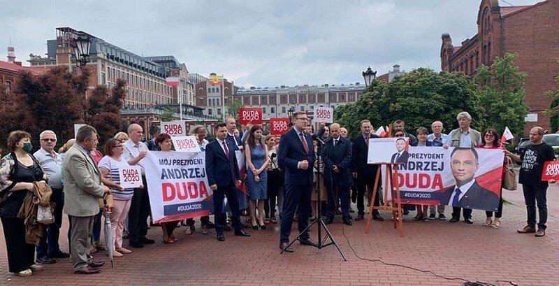 Ofensywa PiS przeciw LGBT w Żyrardowie