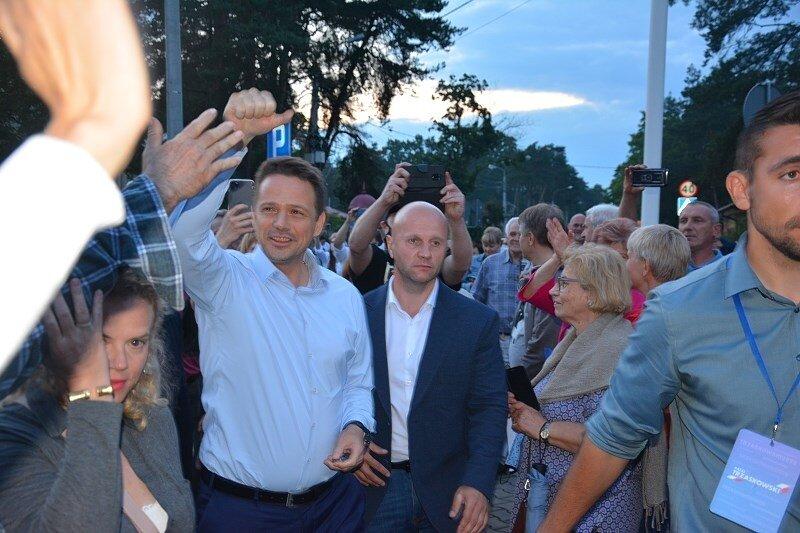Trzaskowski w Międzyborowie apelował - Idźcie na wybory!
