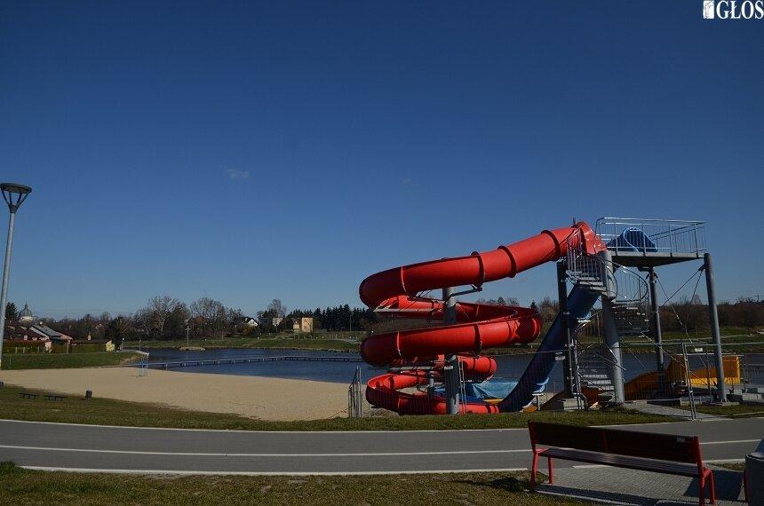 Od jutra (4.07) można korzystać ze strzeżonego kąpieliska nad zalewem.