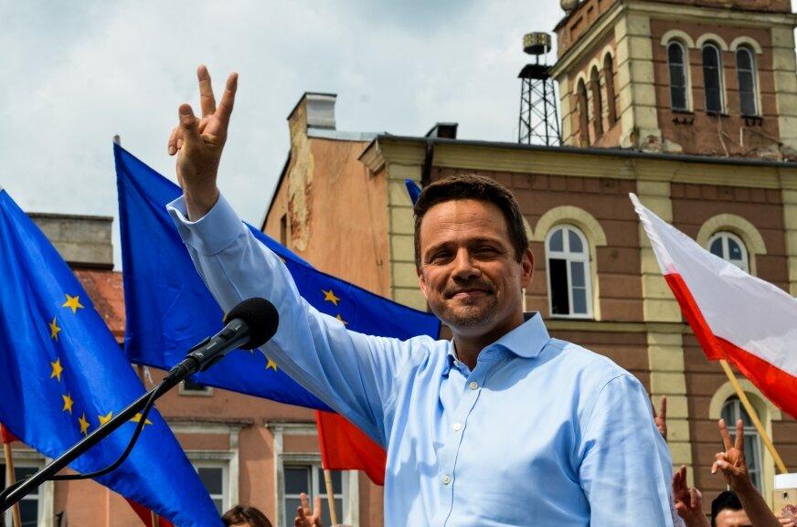 Rafał Trzaskowski w Skierniewicach wzywa kontrkandydata do debaty