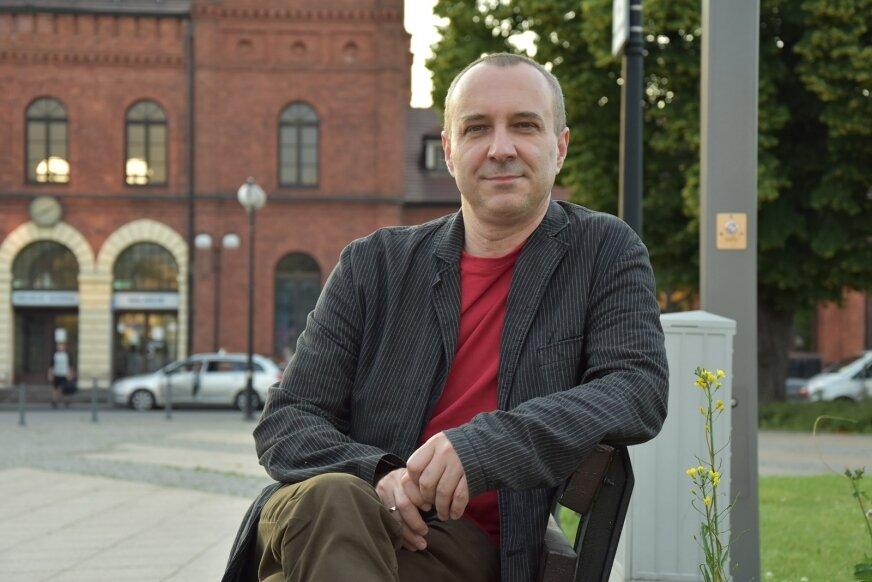 Mariusz Owczarek jest nowym szefem redakcji muzycznej w Programie III Polskiego Radia.