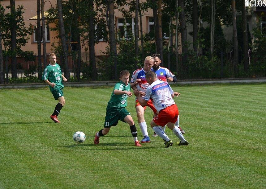 Młodzi piłkarze Widoku Skierniewice w rundzie wstępnej odprawili z kwitkiem Olympic Słupia. Czy poradzą sobie z silniejszym Manchatanem?