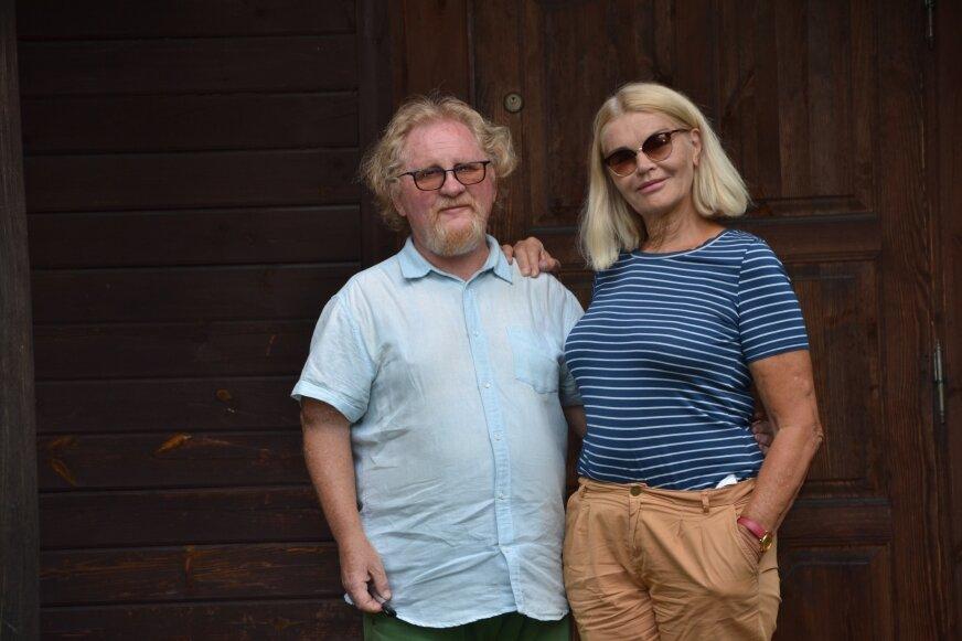 Joanna Kasperska Sadowska i Józef Pless wiele czasu spędzają w Petrykozach, pod Mszczonowem.