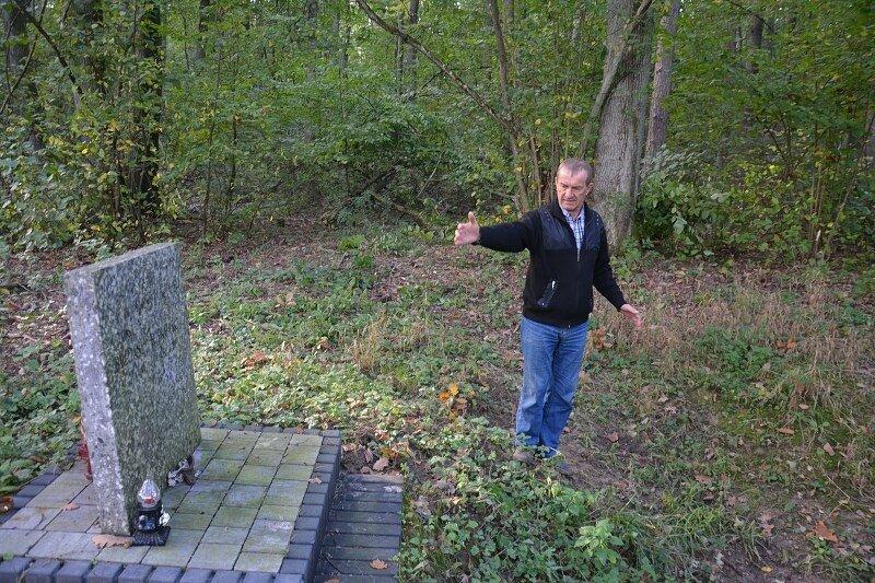 Tomaszowi Nowakowskiemu, sołtys Lubani, sprawa katastrofy nie daje mu spokoju.