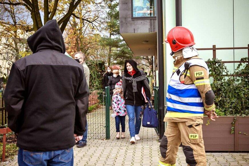 Ewakuacja przedszkola Zielony Zakątek. Na miejscu policja i straż pożarna [FOTO]