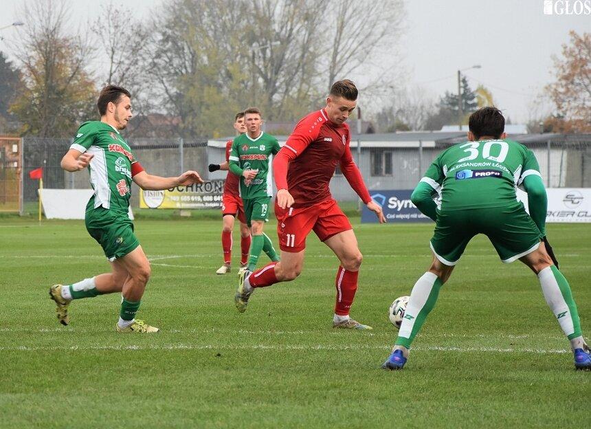 W sobotę (14.11) Unia bezbramkowo zremisowała z Sokołem Aleksandrów Łódzki i jest coraz bliżej zapewnienia sobie utrzymania w III lidze już w rundzie jesiennej.