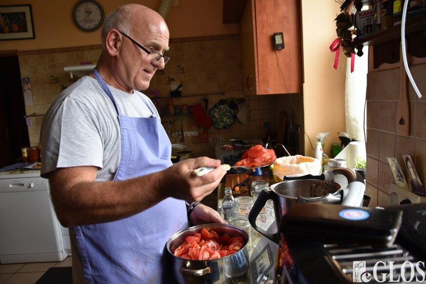Przeciery pomidorowe to jedna ze specjalności ks. Jana Rawy.