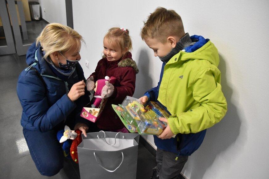 Spełnialiśmy marzenia dzieci. Nagrody w Konkursie na List do św. Mikołaja rozdane!