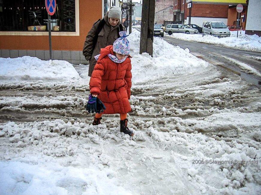 Atak zimy w Skierniewicach. Tak wyglądało miasto w 2006 roku [ZDJĘCIA]