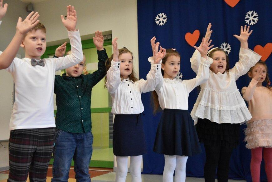 W Przedszkolu Zielony Zakątek nie zabrakło dziś okolicznościowych występów z okazji Dnia Babci i Dziadka.