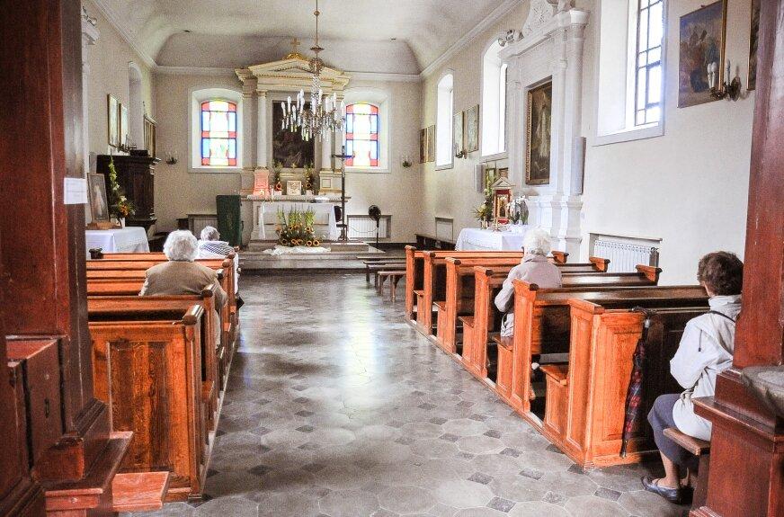 W diecezji brakuje księży. Biskup łowicki zapowiada łączenie parafii