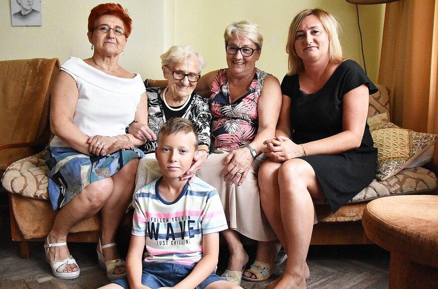 Z Teodozją Aleksandrą Skarżyńską (druga z lewej) rozmawialiśmy latem2019 roku, gdy obchodziła 102 lata.
