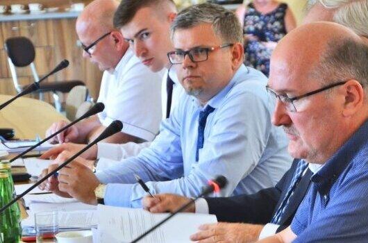 Paweł Jakubowski rezygnuje z mandatu powiatowego radnego. Został zastępcą wójta gminy Rawa Mazowiecka