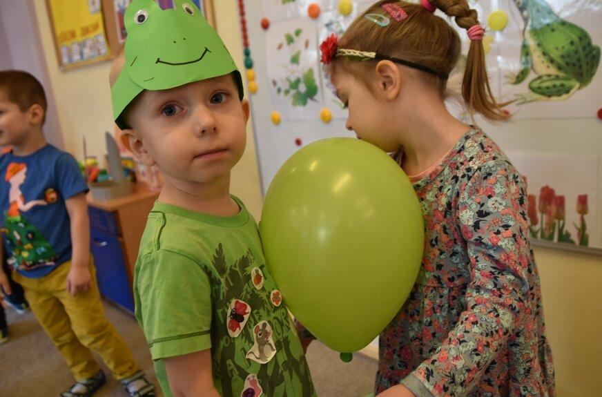 Nie było wspólnego balu, dzieci bawiły się w swoich grupach.
