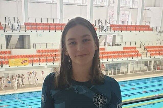 Joanna Świderska jest jedną z trzech zawodniczek UKS Nawa powołanych do Kadry Narodowej Polskiego Związku Pływackiego.