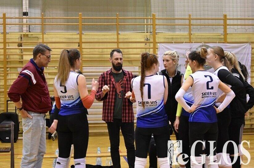Zespół Grzegorza Hałatiuka liczy na awans do II ligi. Przed drużyną turniej półfinałowy baraży.