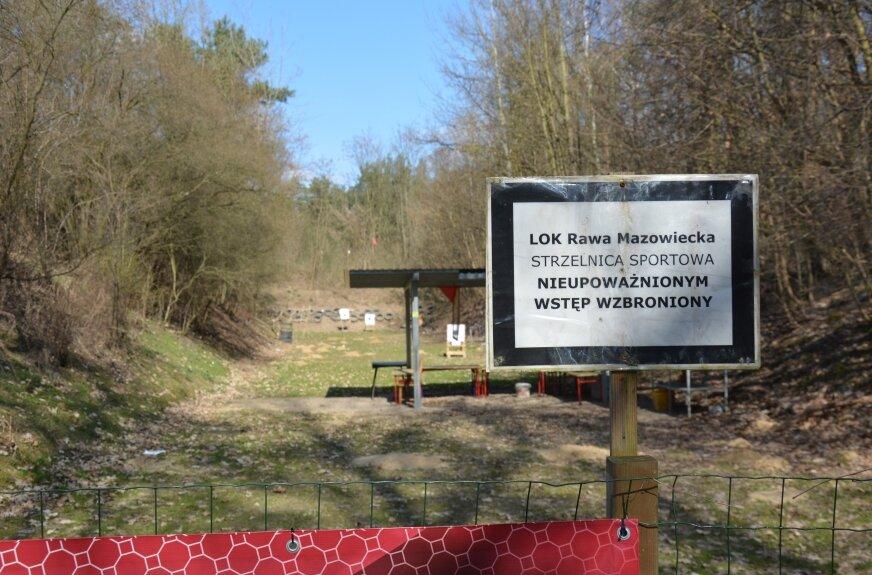 Mieszkańcy chcą likwidacji strzelnicy, jej użytkownicy proponują modernizację obiektu.
