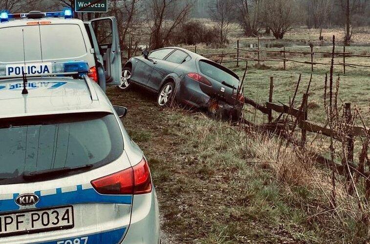 Chociaż jechał z rodziną postanowił powstrzymać pijanego kierowcę