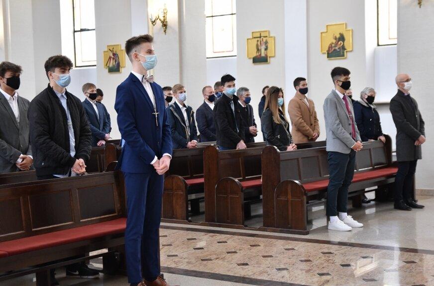 Sakrament bierzmowania w parafii wojskowej