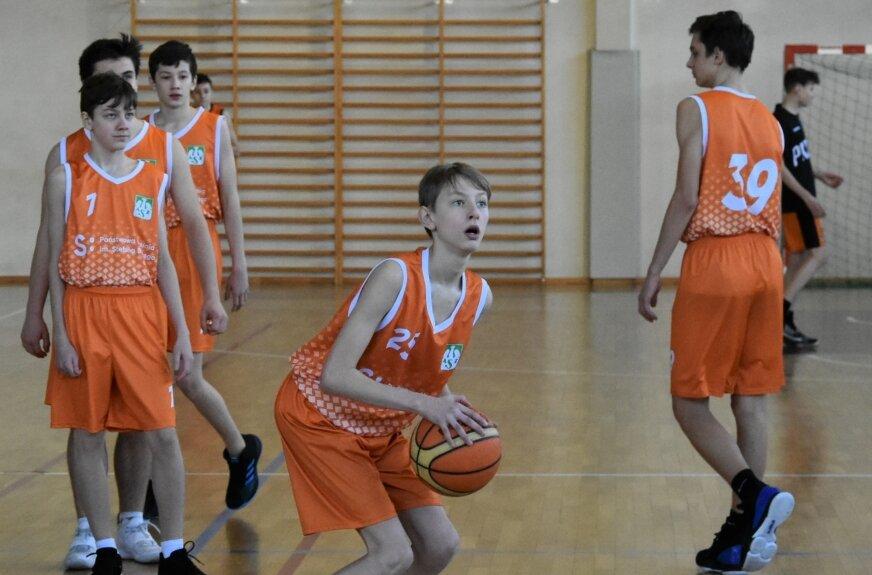 Koszykarskie turnieje U12 i U11